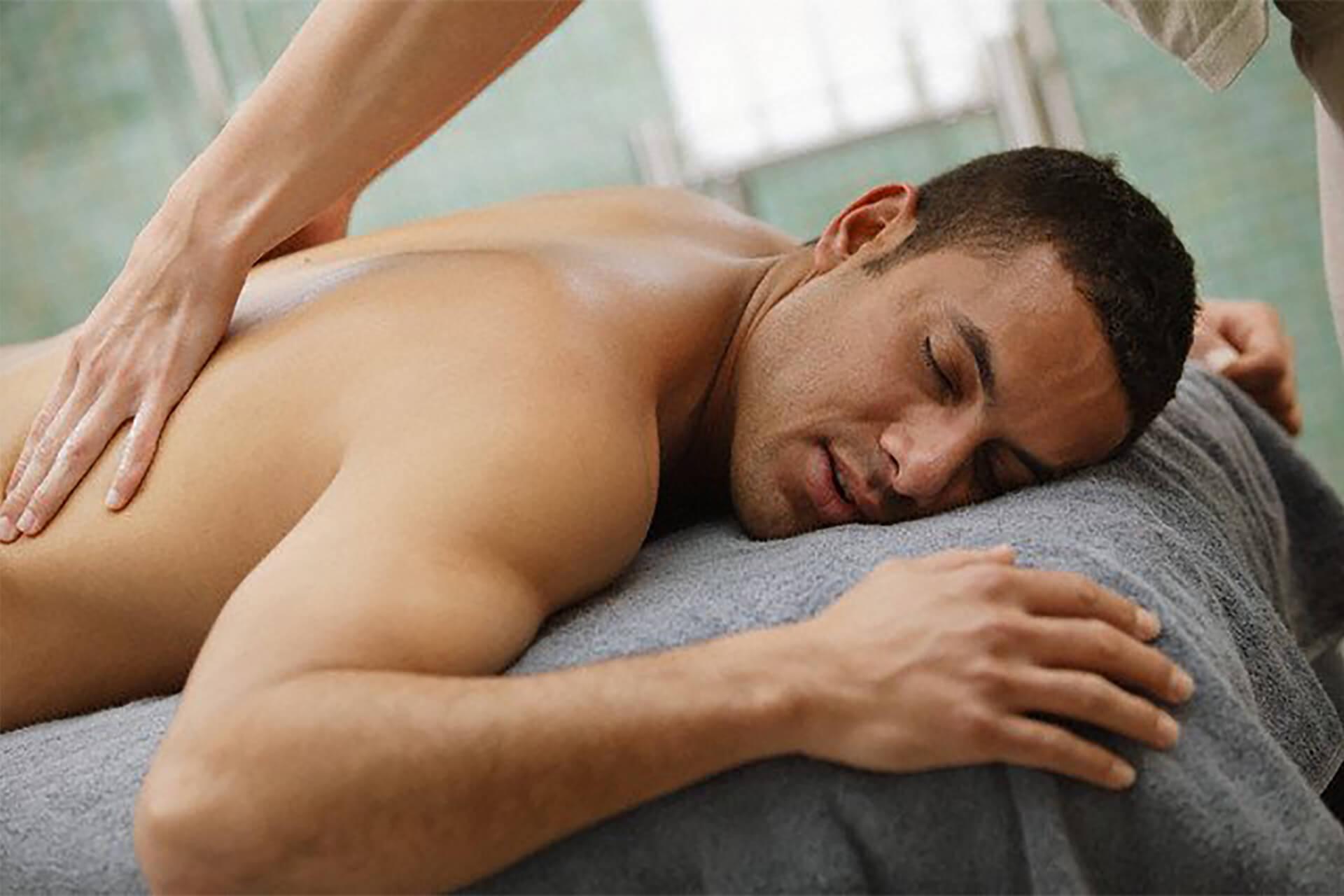 Gay muscular massage
